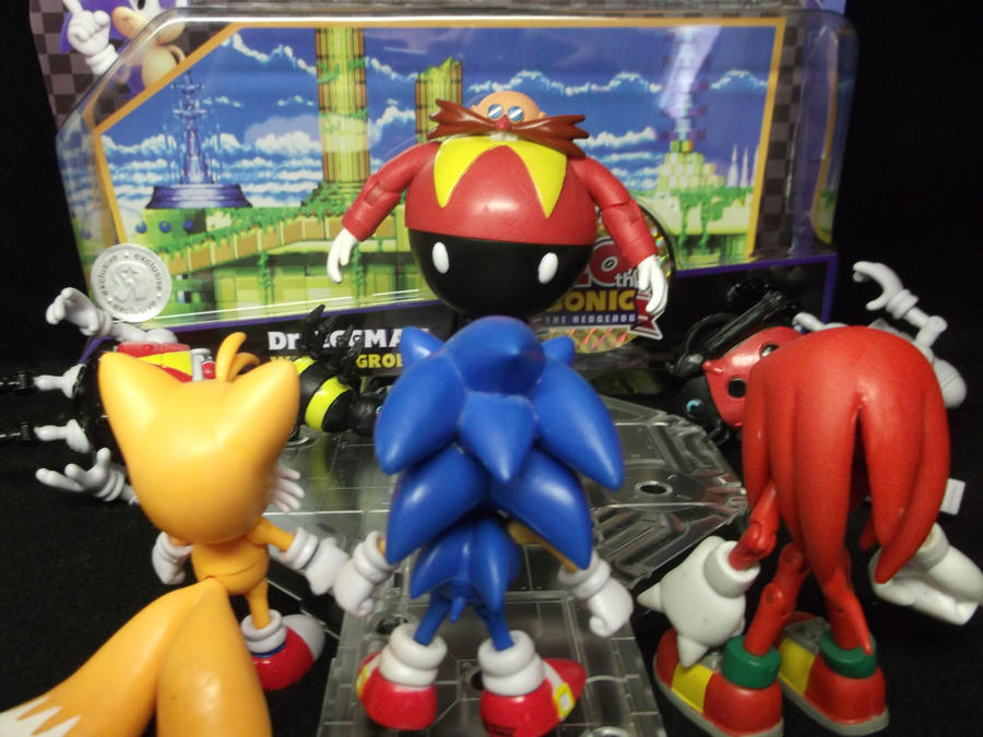 Sonic, tails, and Knuckles fight Dr. Eggman by forever-at-peace