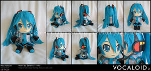 Plushie: Miku - Vocaloid by Serenity-Sama