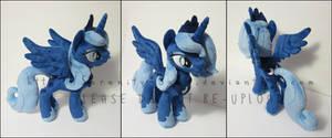 Plushie: Princess Luna (S1) - MLP: FiM by Serenity-Sama