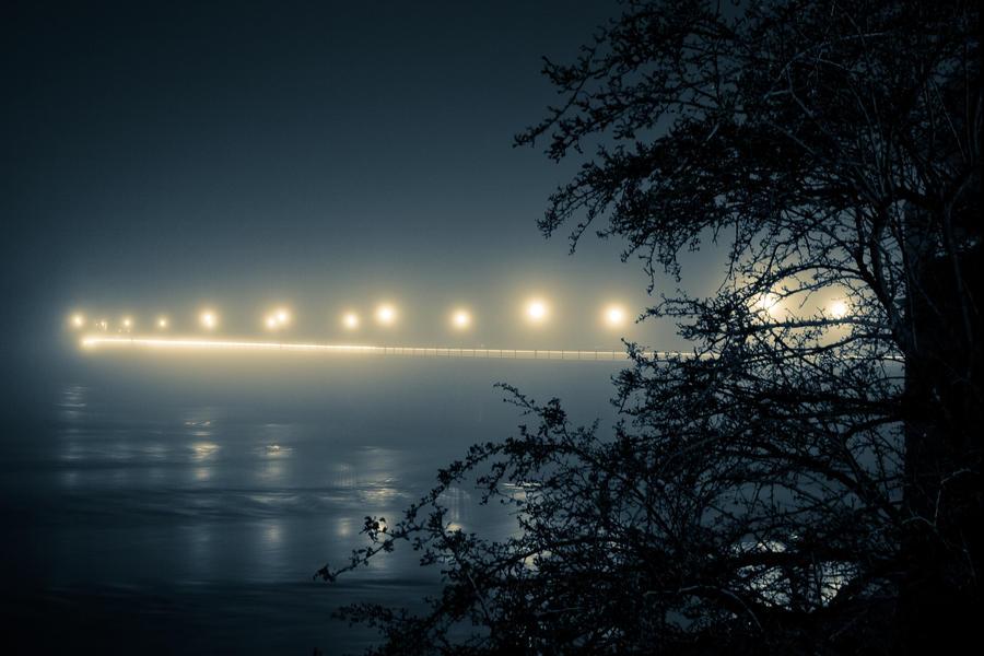 Lonely Night by maaanuel