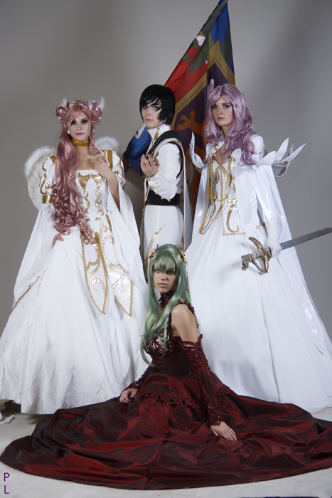 Cosplay Britannian_Imperial_Family_by_Azetylen