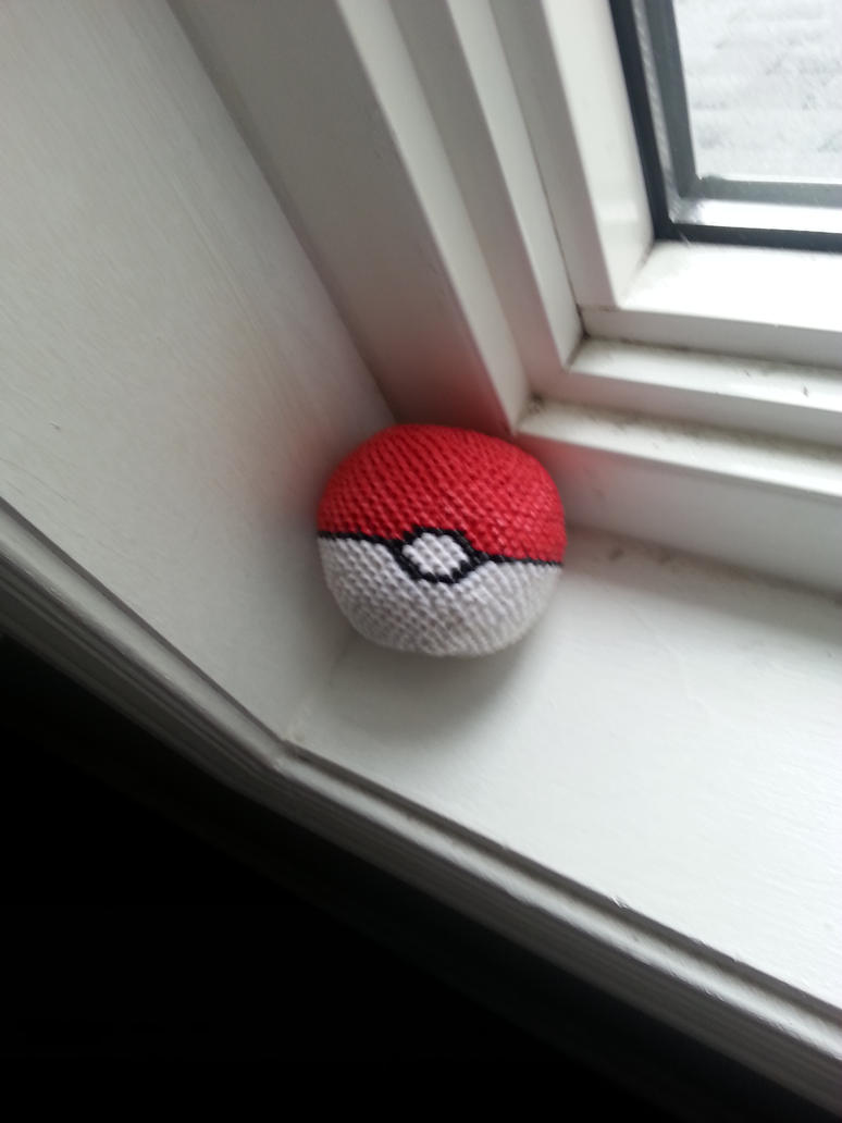 3d Origami Pokeball With Tiny Peices By Lantern77 On Deviantart