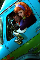 Mystery Inc - Fred and Daphne, Mystery Machine