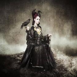 Crow Queen by morrigan-moon
