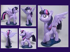 Alicorn Twilight Sculpt by CadmiumCrab