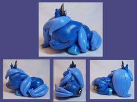 Sleeping Luna Filly by CadmiumCrab