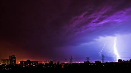 Lightning in North York by Jazzpirate