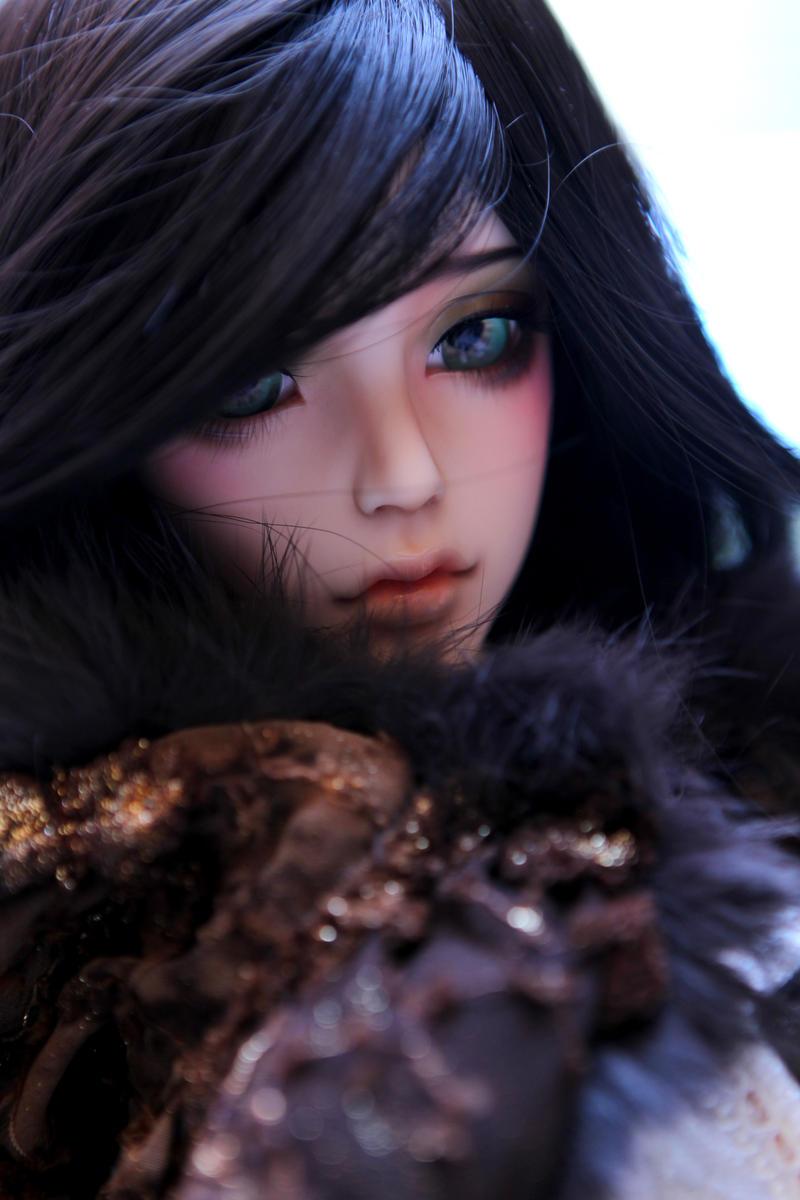 Tender: Nharie by Azyntil
