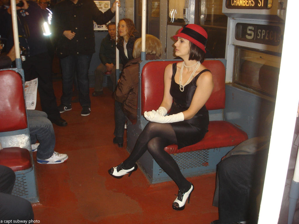 Vamping on the museum R1-9 train-Dec-2013-t by capt-sub