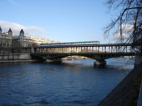 Pont de Bir-Hakeim-Paris