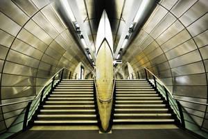 Southwark Tube Starship by kharashov