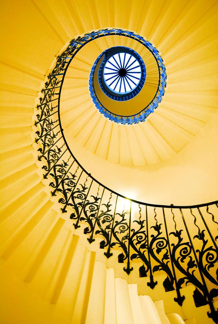 Tulip Spiral by kharashov