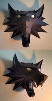 Witcher Medallion Papercraft Build (v2)