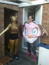 Lucy makes my costume effort look pathetic..