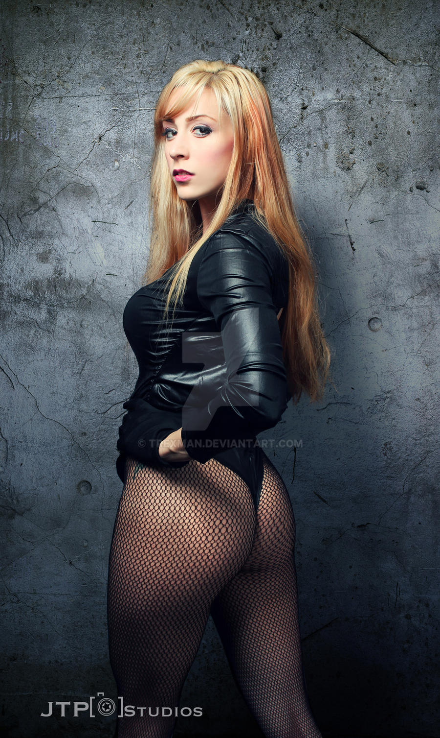 black canary hot and naked
