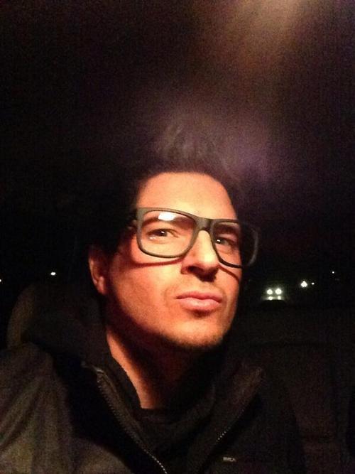Car selfie by Zak Bagans Smiling 2013