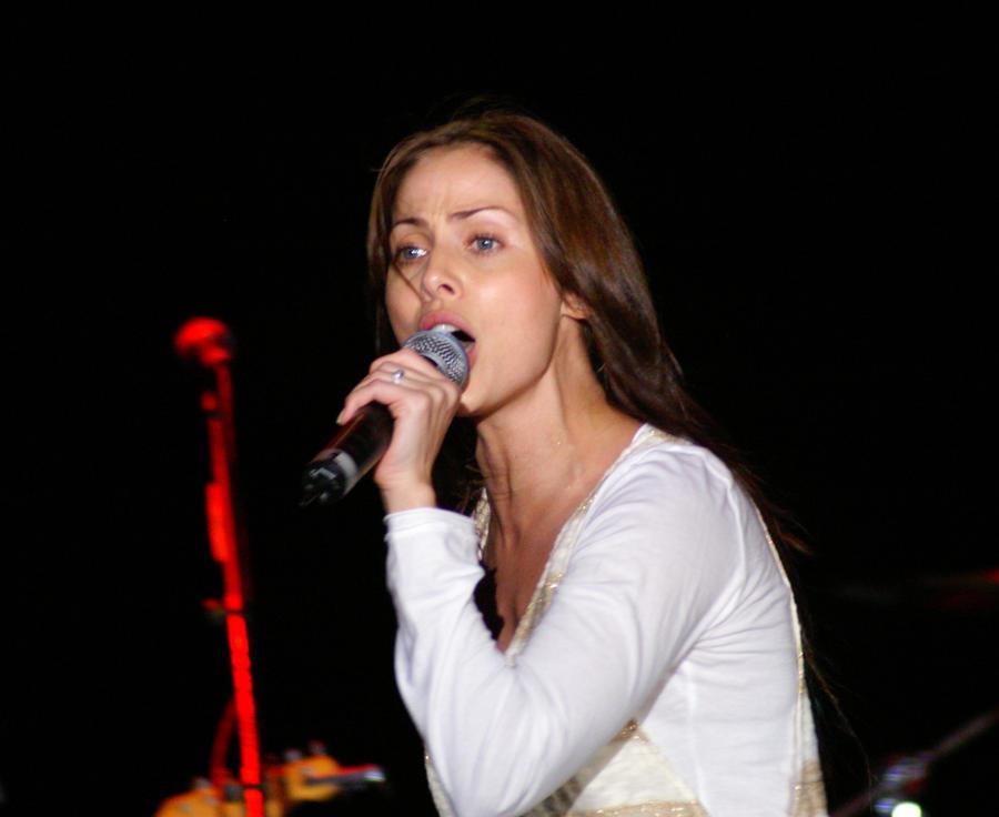 natalie imbruglia 2011. Natalie Imbruglia amp; Lisa B
