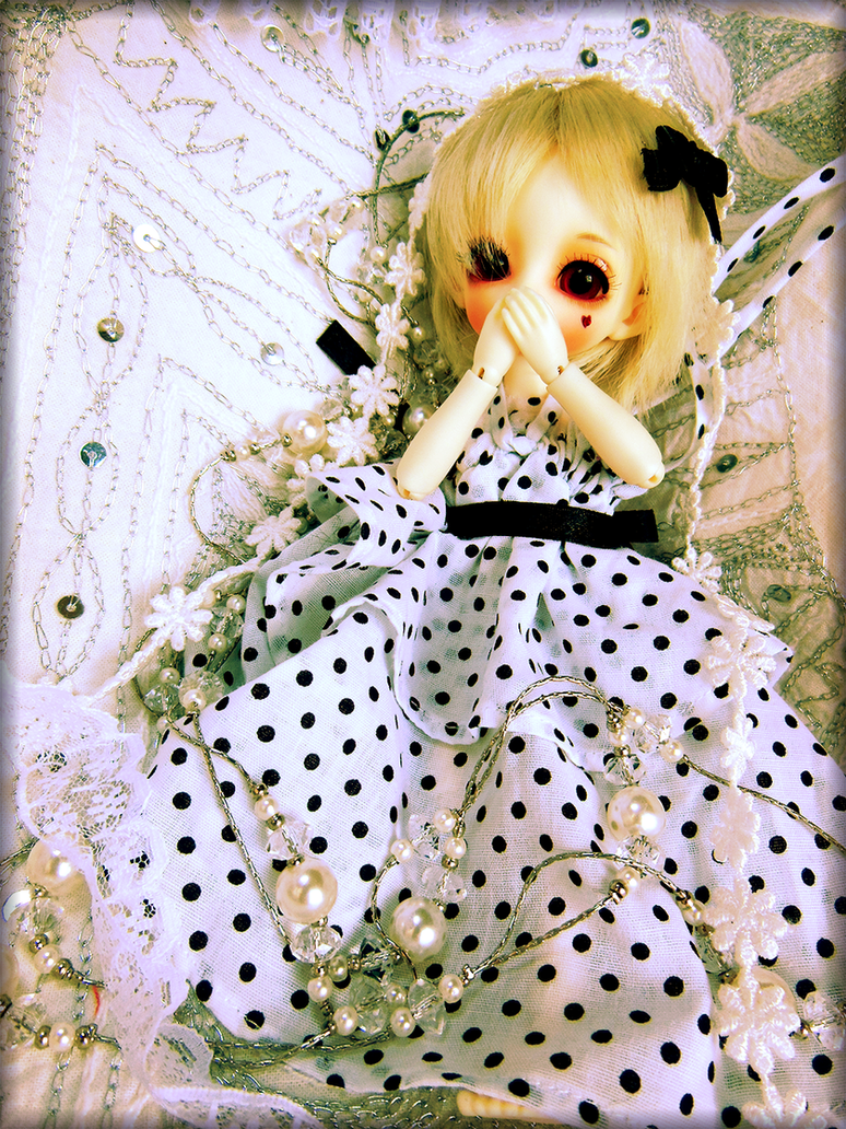 Glorious Gretel by Manami-yukihara