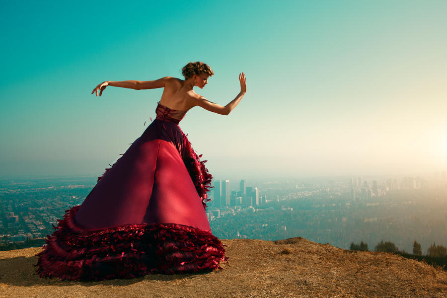 Dancing on the skyline by jbfort