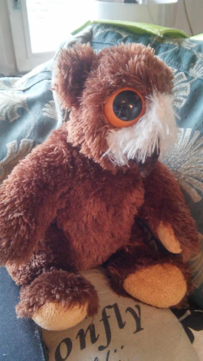 Owlbear- cub by Spyrre