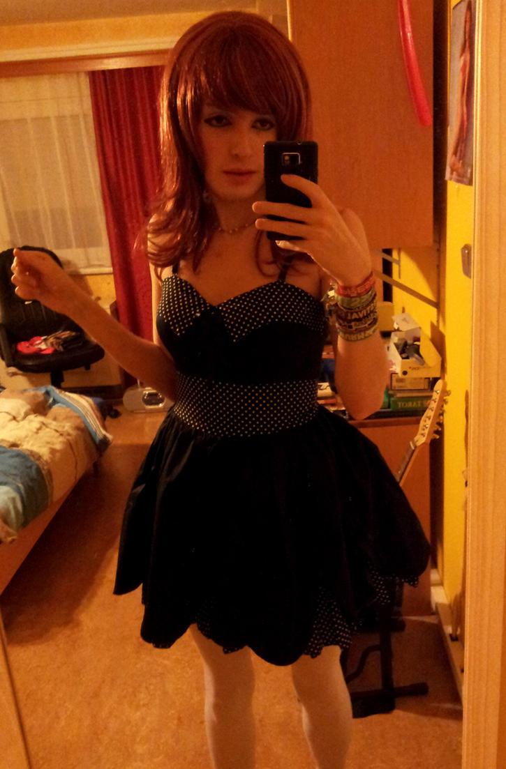 dollie_dress_by_biancaxboom-d6tnows.jpg