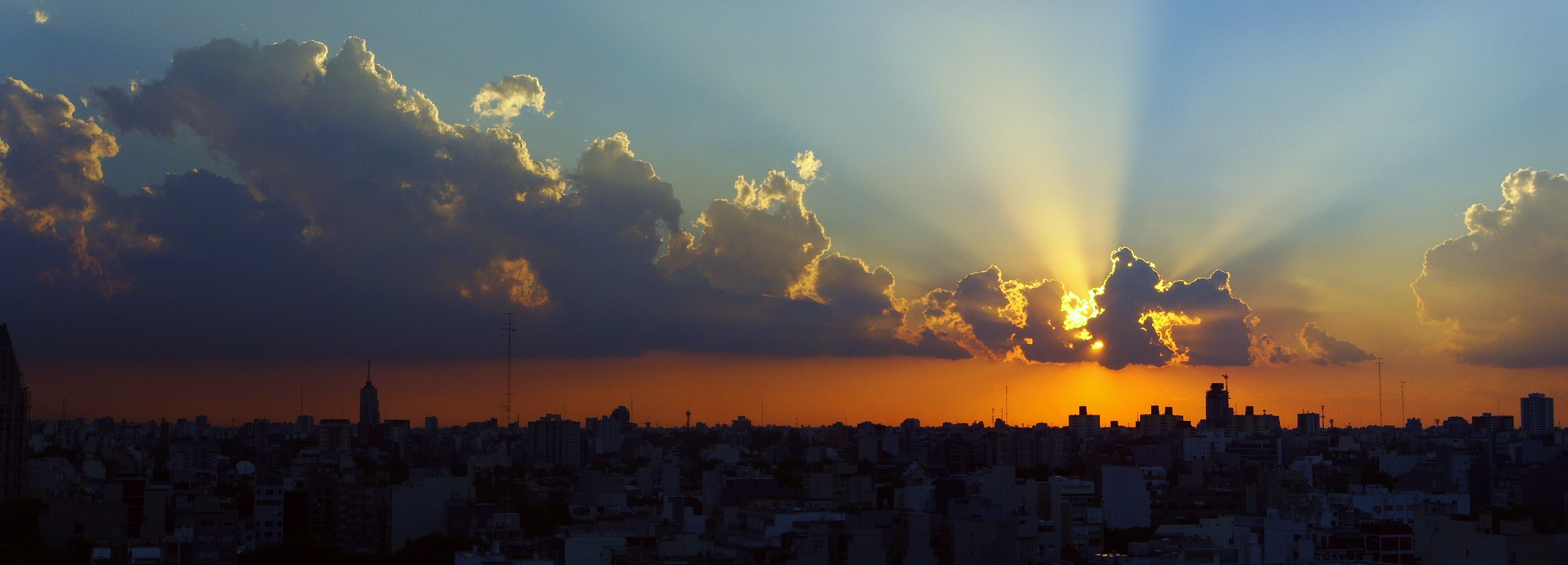 Ocaso en Buenos Aires by ddgcom