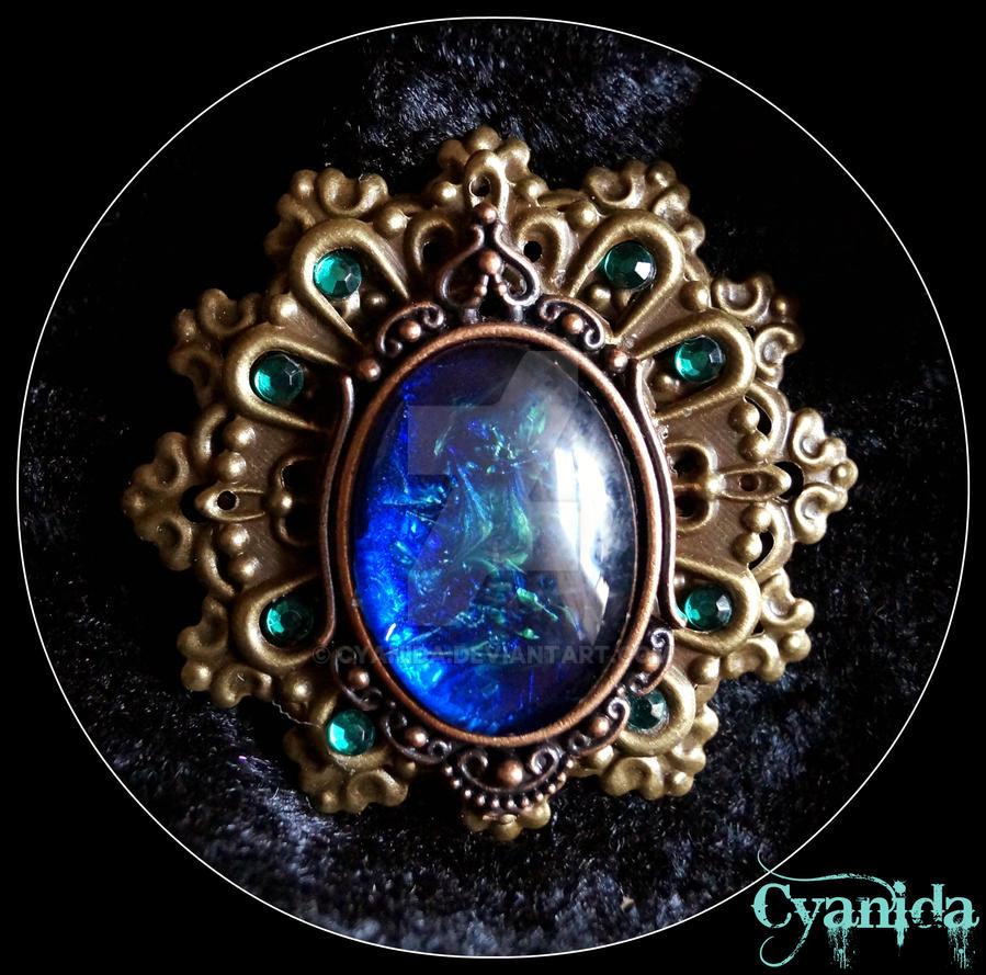 Victorian steampunk brooch by Cyanida