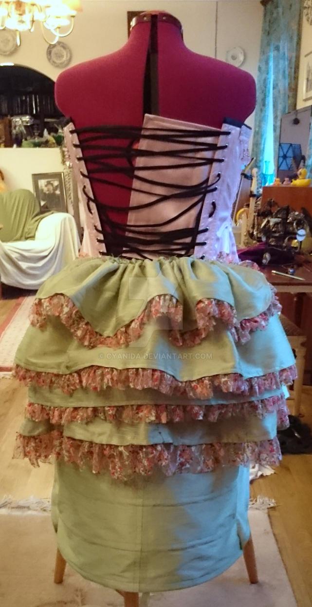 WIP Caterpillar burlesque bustle skirt by Cyanida