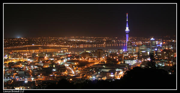 Auckland City at night by lanceb