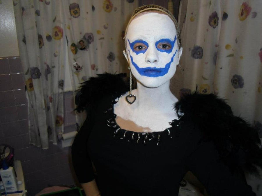 Ryuk (Death Note) Cosplay by get2knowme on DeviantArt