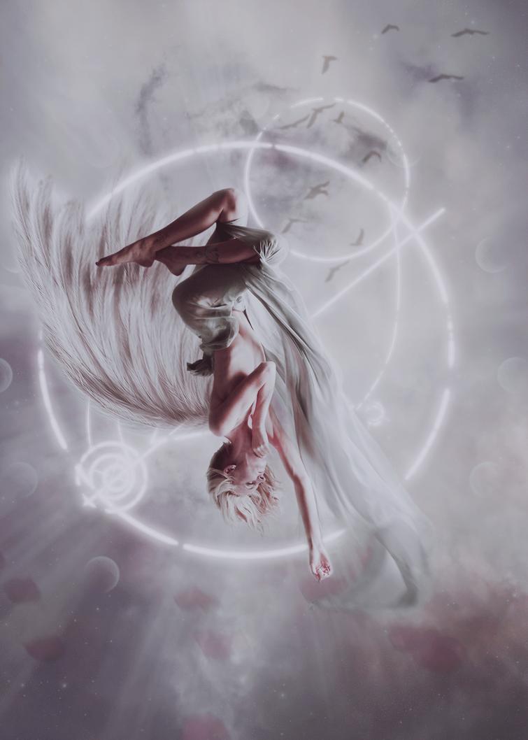 Celestial fall by Gudai
