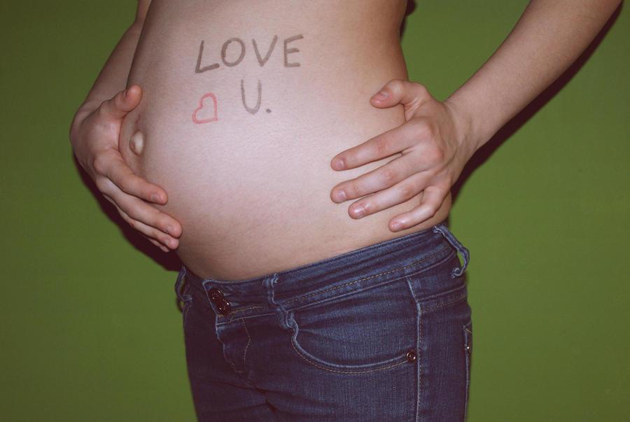 23 weeks pregnant by kubayy