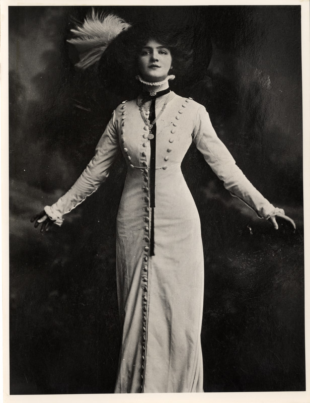 Vintage woman Miss Elsie by MementoMori-stock