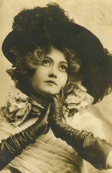 Vintage gorgeous woman 002
