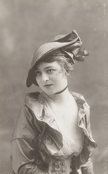 vintage stylish lady by MementoMori-stock