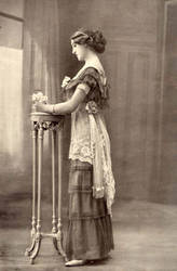 Vintage fancy edwardian lady 2