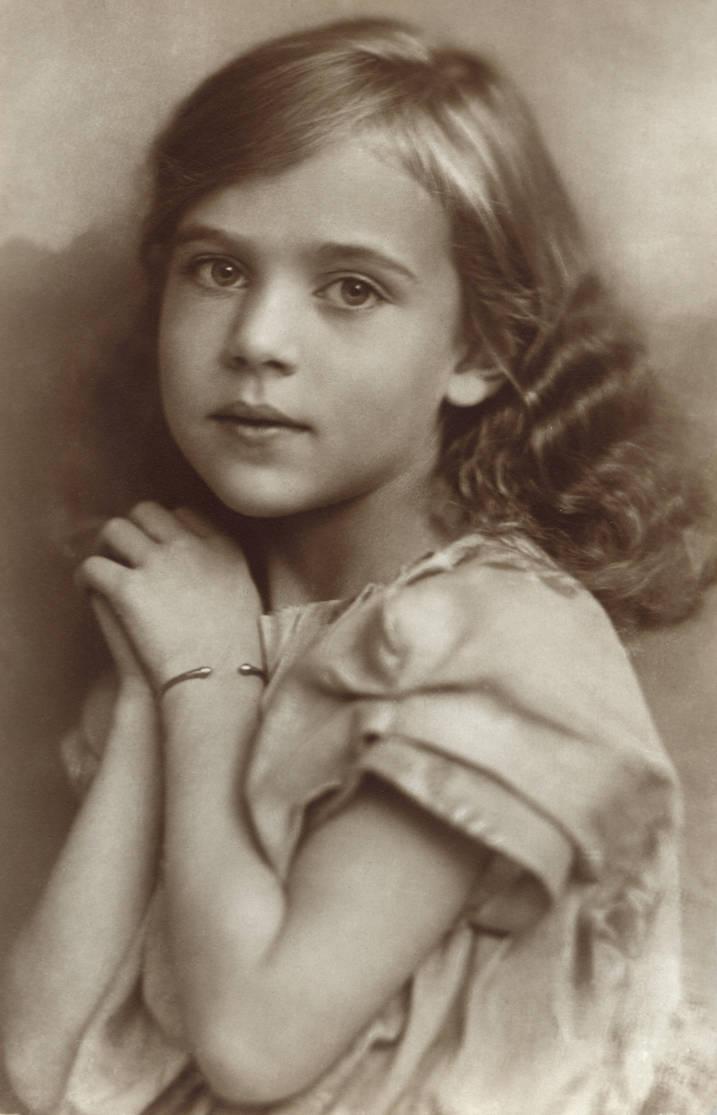 Vintage Prinzessin Ingrid by MementoMori-stock