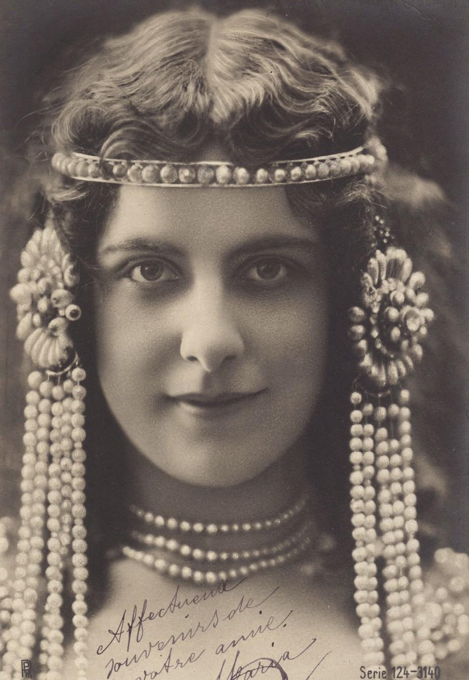 Http Mementomori Stock Deviantart Com Art Vintage Lady Miss Farrar 336004412