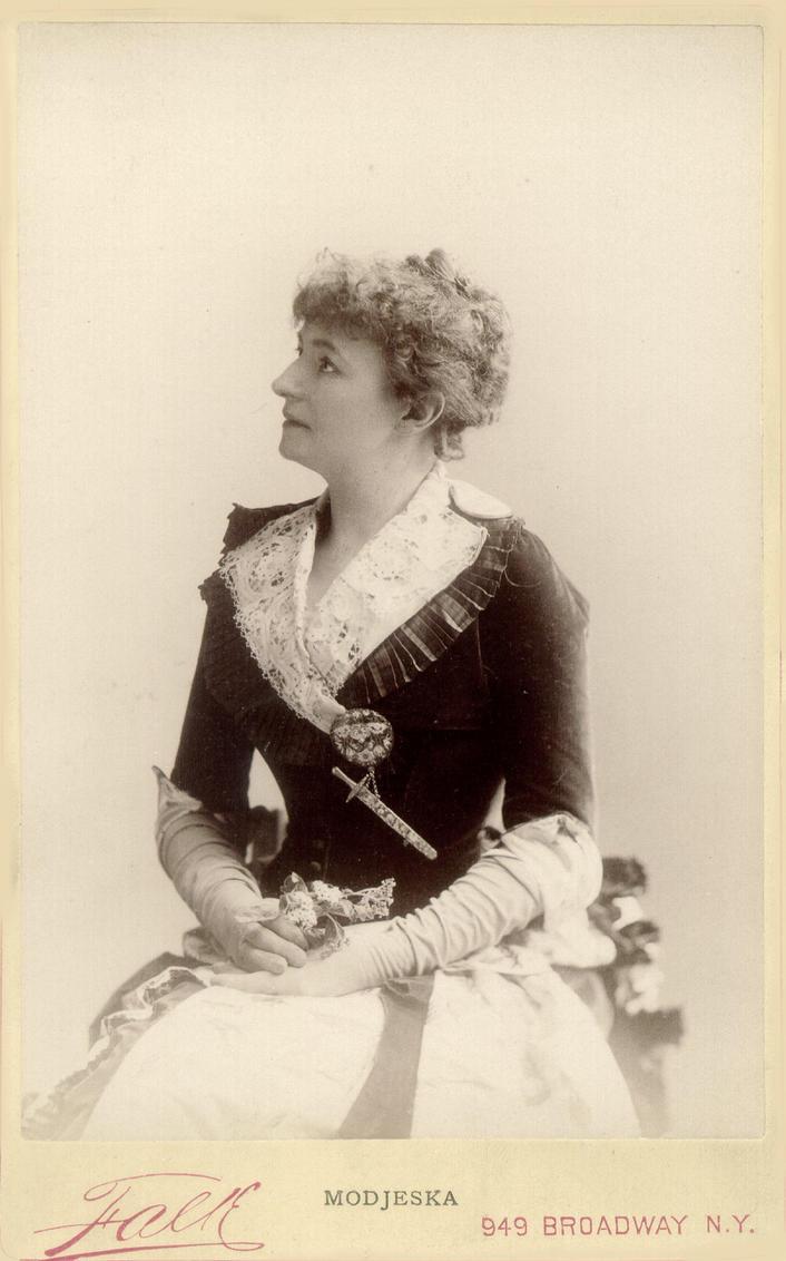 Vintage  elegant  victorian lady 002 by MementoMori-stock