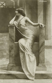 Vintage actress in Throne 002