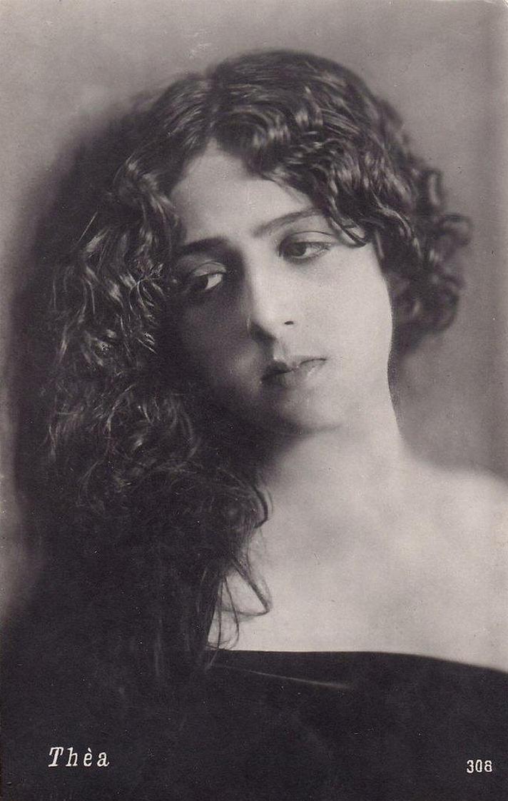 Vintage Sad Woman 002 By MementoMori Stock