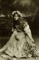 Vintage princess Maude Fealy 003