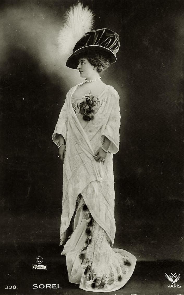 Vintage elegant and fashionable lady 003 by MementoMori-stock