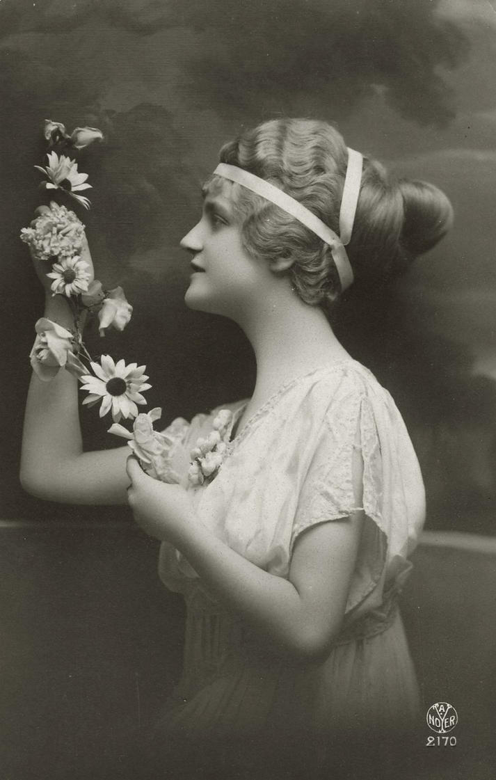 Vintage Lady In Profile With Flowers 003 By Mementomori