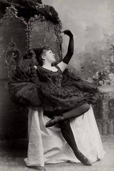 Vintage ballerina Miss Rice 001