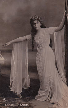 Vintage theatrical lady Miss Farrar 002