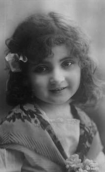 Vintage cute little girl 003