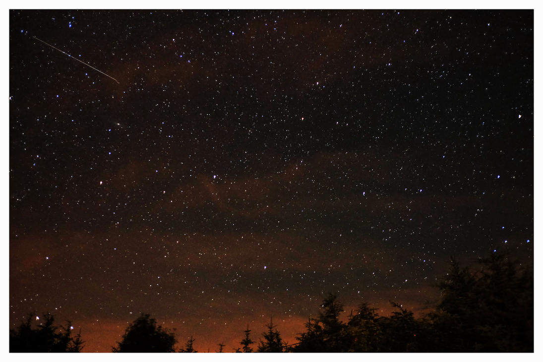 Shooting star by PicTd