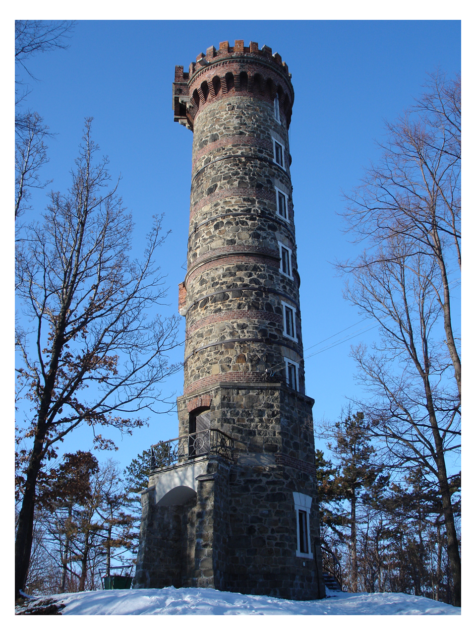 Outlook-Tower