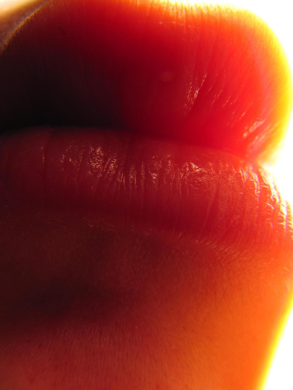 Super Macro Lips by soffl